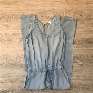 Splendid Sleeveless Chambray Jumpsuit - S